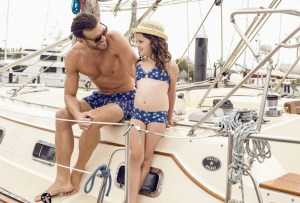6 marcas de trajes de baño que tienen coordinados para papás/mamás e hijos