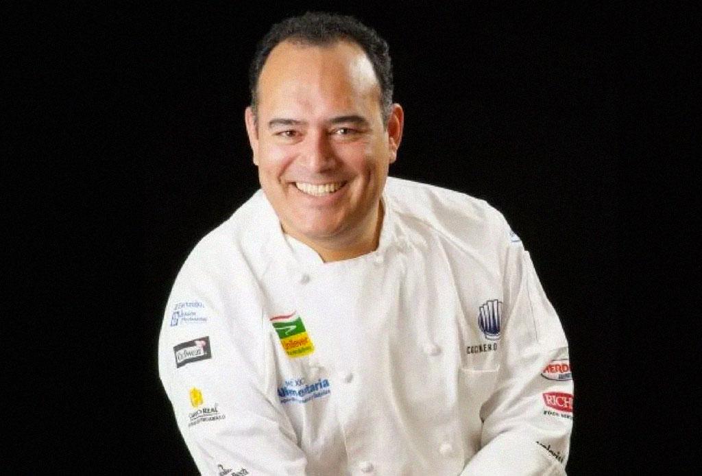 ¿Qué aportan estos reconocidos chefs mexicanos al chile en nogada? - chefs-mexicanos-chiles-en-nogada