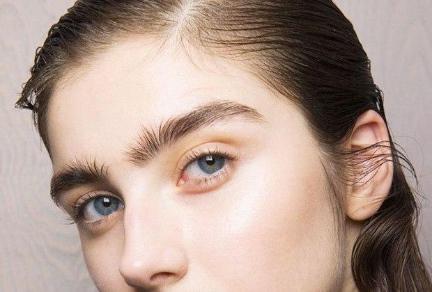 """""""Lion Mane"""", la nueva tendencia de llevar tu cejas despeinadas y al natural - tendencia-cejas-natural-5"""