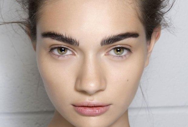 """""""Lion Mane"""", la nueva tendencia de llevar tu cejas despeinadas y al natural - tendencia-cejas-natural-8"""
