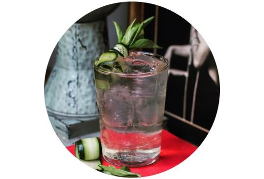 ¡Atención amantes del sake! Hicimos una selección de los drinks más originales hechos con este destilado en la CDMX - cocteles-sake-cdmx-3-300x203