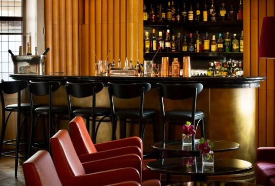 Un nuevo bar en homenaje a David Bowie abrirá en Londres - david-bowie-ziggys-bar-londres-2-300x203