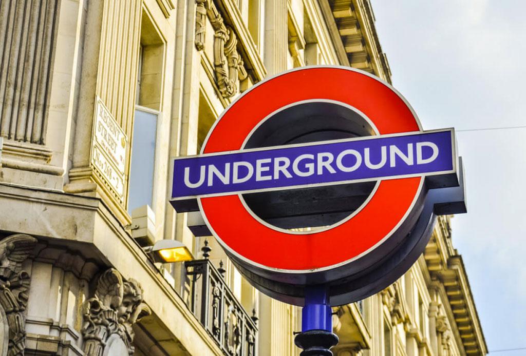5 drinks con ginebra inspirados en las estaciones del metro de Londres - drinks-beefeater-gin-metro-londres-2
