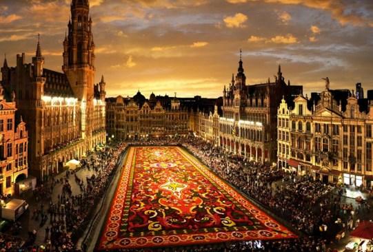 ¡Visita estos festivales de flores alrededor del mundo que te encantarán! - festivales-de-flores-en-el-mundo-4-300x203