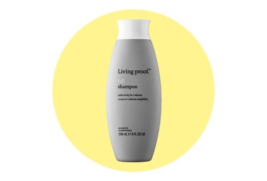 ¿Buscas más volumen para tu pelo? Inténtalo con estos shampoos - shampoos-volumen-pelo-6-300x203
