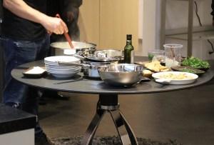 Esta mesa de cocina te cambiará la vida en cuanto la conozcas