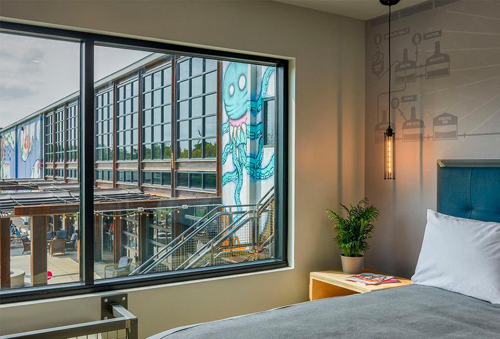 Así es DogHouse, el primer hotel para amantes de la cerveza - dog-house-hotel-4