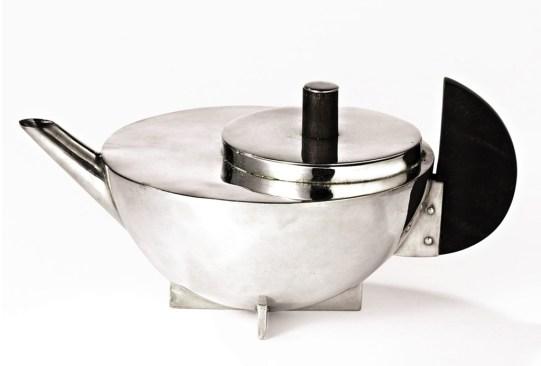 ¿Conoces las piezas de mobiliario más emblemáticas de Bauhaus? - infusor-te-bauhaus-300x203