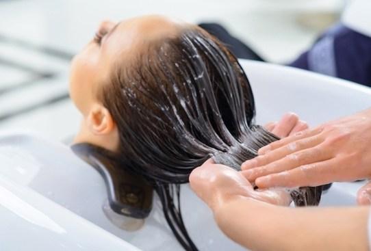 Descubre los beneficios que el botox tiene para tu pelo - botox-capilar-beneficios-2-300x203