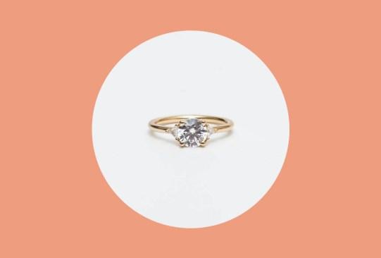 ¿Buscas anillo de compromiso? Sigue las tendencias del 2019 - anillos-compromiso-tendencias-2019-1-300x203