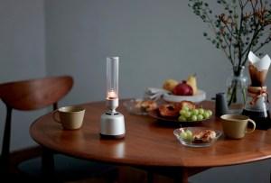 Reemplaza las velas de una cena romántica por este gadget luminoso que además tiene música