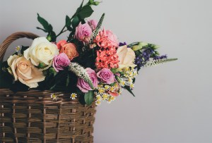 6 arreglos florales fáciles para poner en tu casa y para cualquier época del año