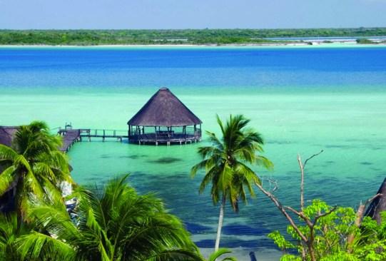 5 destinos de ensueño en México para su primer viaje como pareja - bacalar-destinos-pareja-300x203