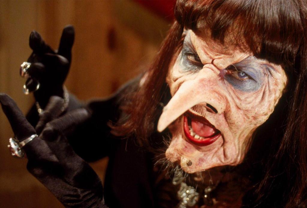 """5 curiosidades que no sabías de la nueva versión de la película """"Las Brujas"""" - brujas-pelicula-3"""