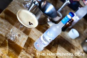 ¡Presentamos un carajillo diferente! Espresso Martini una nueva manera de ver el vodka