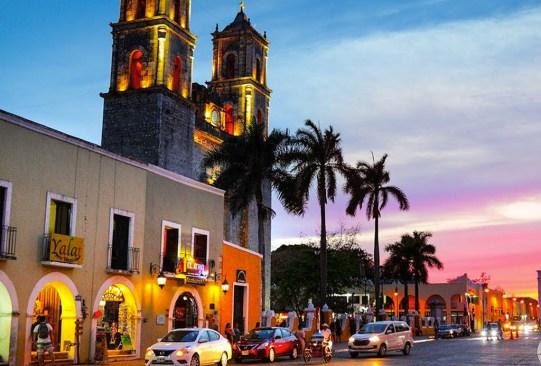 5 destinos de ensueño en México para su primer viaje como pareja - merida-destinos-pareja-300x203