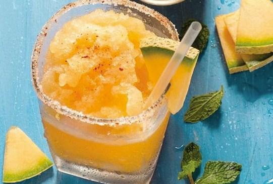 Estos deliciosos mocktails te ayudarán con el reto de una vida libre de alcohol - receta-margarita-melon-300x203