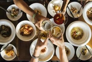 ¿Ya tienes plan para el Valentine's? ¡Invita a cenar tu pareja a estos lugares con menú especial!