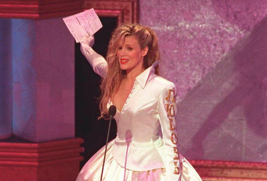 Estos son los peores vestidos de la historia en los premios Oscar - vestidos-oscares-4