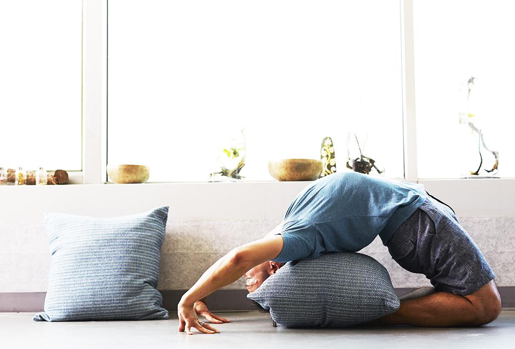 6 increíbles cosas que suceden si haces yoga regularmente - yoga-diario-8
