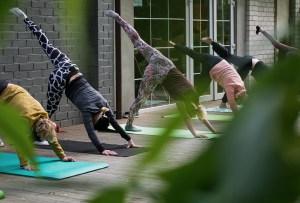 ¡No pongas en riesgo tu salud! Haz estos ejercicios que son ideales durante tu periodo detox
