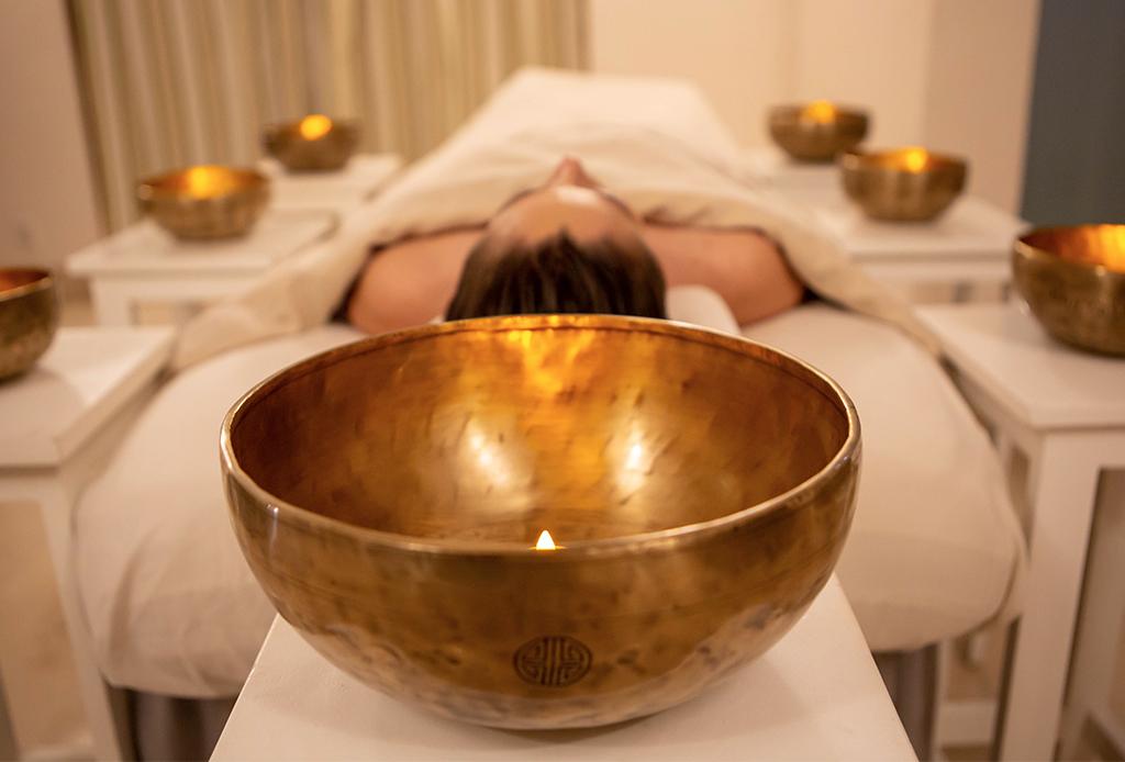 Te morirás por probar el nuevo masaje sonoro en el St. Regis Punta Mita