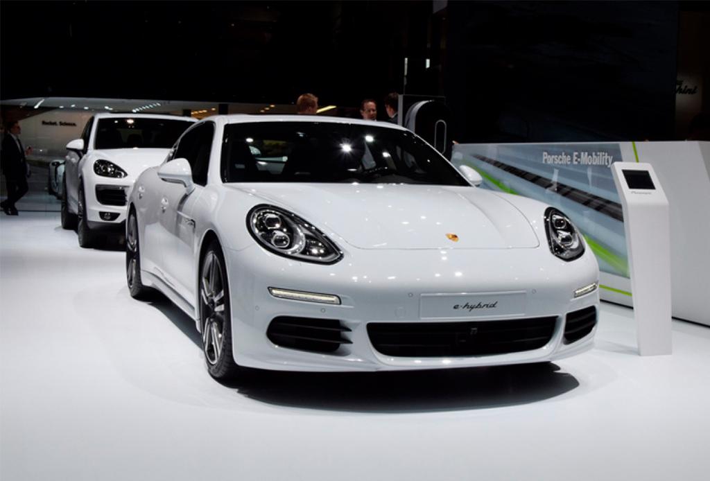 5 razones por las que debes conocer el nuevo Porsche Center en Polanco - porsche-center-6