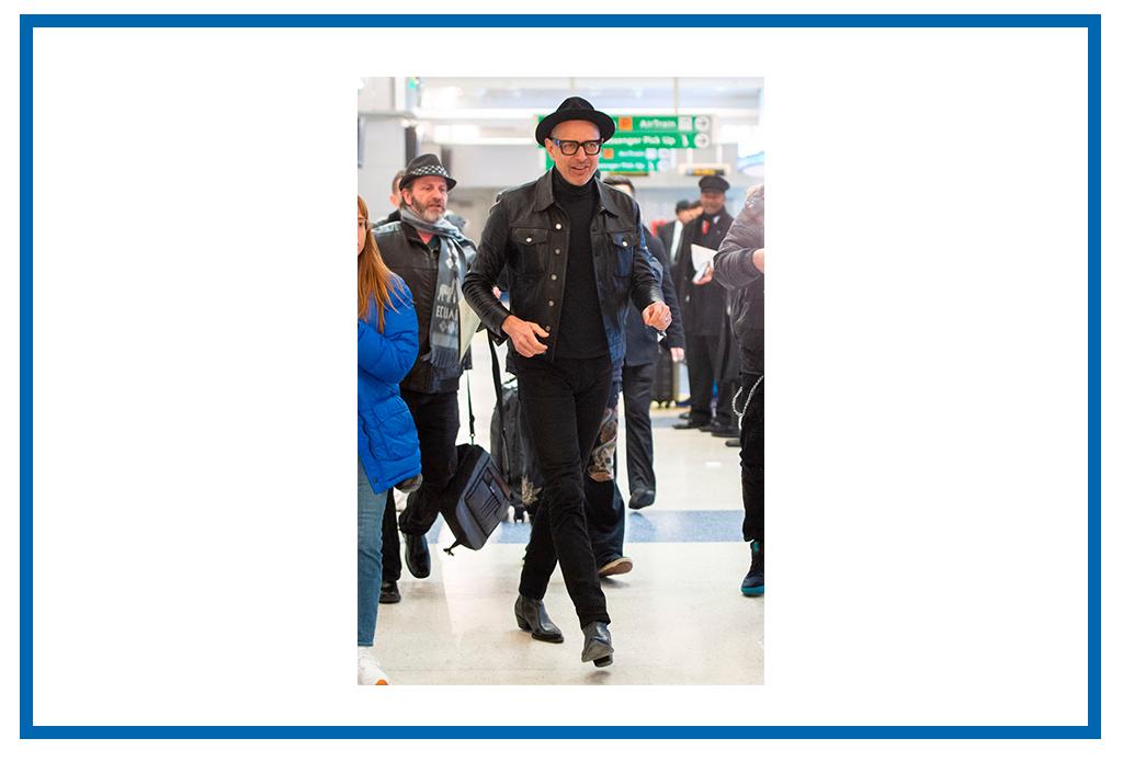 Los famosos te dicen cómo vestir de la mejor forma los jeans negros - como-usar-jeans-negros-6
