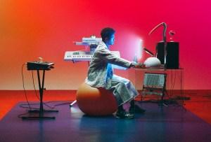"""Disco de la semana: """"Outer Peace"""" de Toro y Moi"""