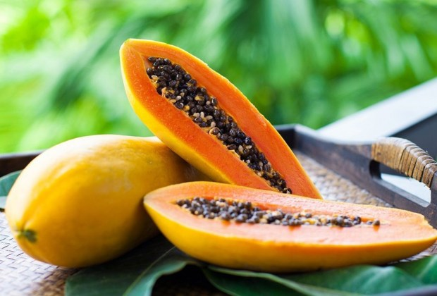 Mascarillas que puedes preparar tú misma en casa para reducir el uso de plásticos - mascarilla-papaya
