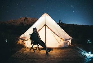 Estos son los básicos que necesitas para un fin de semana de camping perfecto