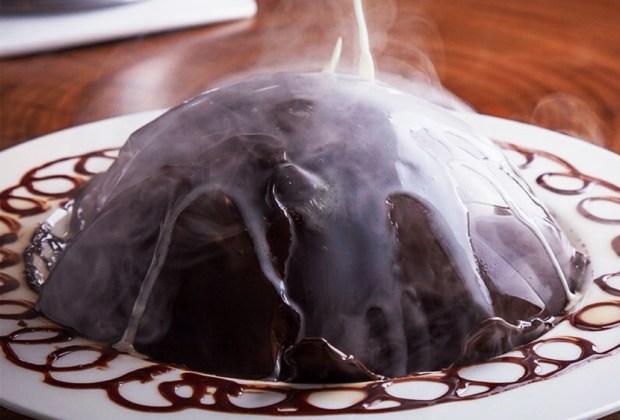 Nuestros postres favoritos de chocolate en la CDMX - esfera-chocolate-mochomos-cdmx