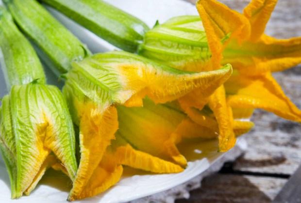 Puedes preparar deliciosas y saludables crepas con tu cereal Kashi - flor-de-calabaza