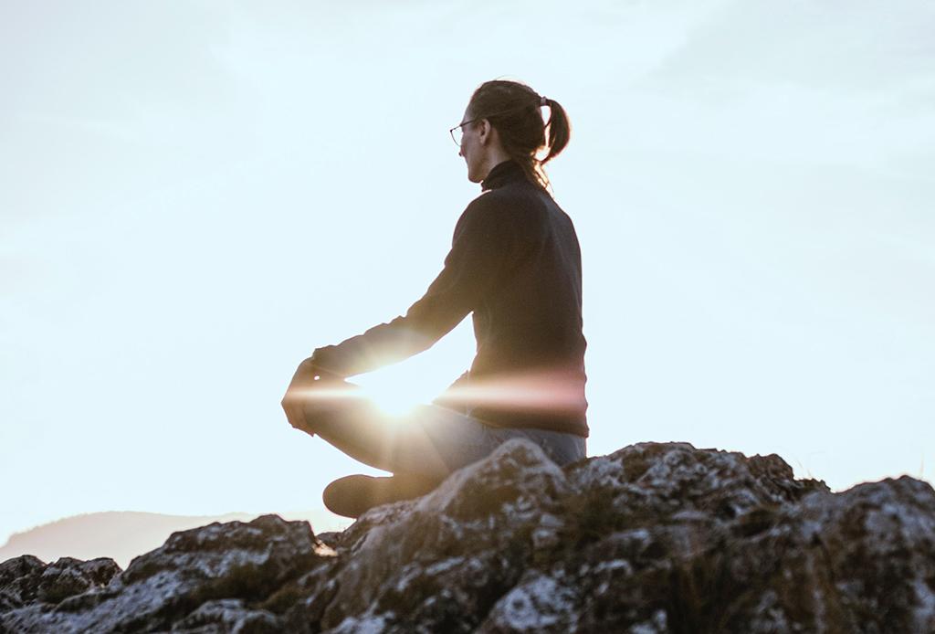 Qué son los guías espirituales y cómo conectar con ellos - guias-espirituales-2-1024x694