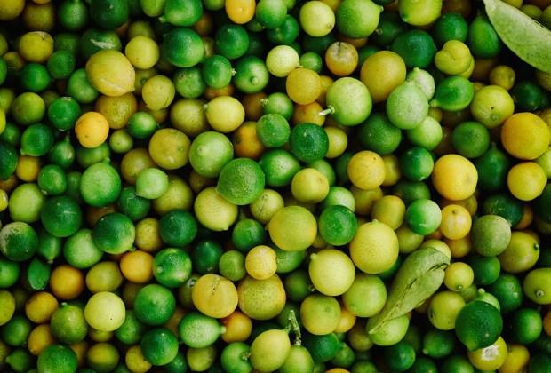Alimentos que balancean y sanan, según el Ayurveda - limones
