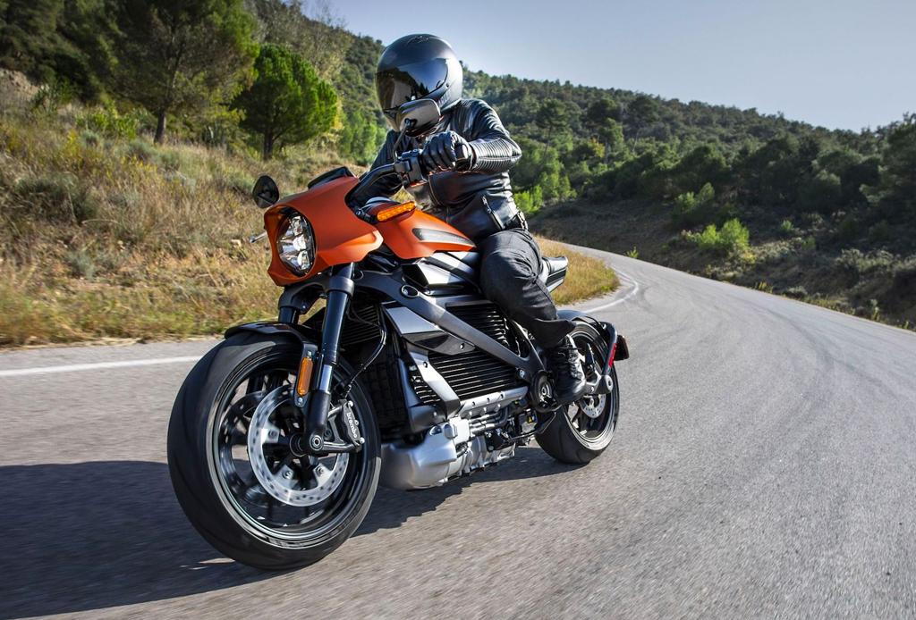 Todo lo que tienes que saber sobre el modelo eléctrico de Harley-Davidson - livewire-3-1024x694