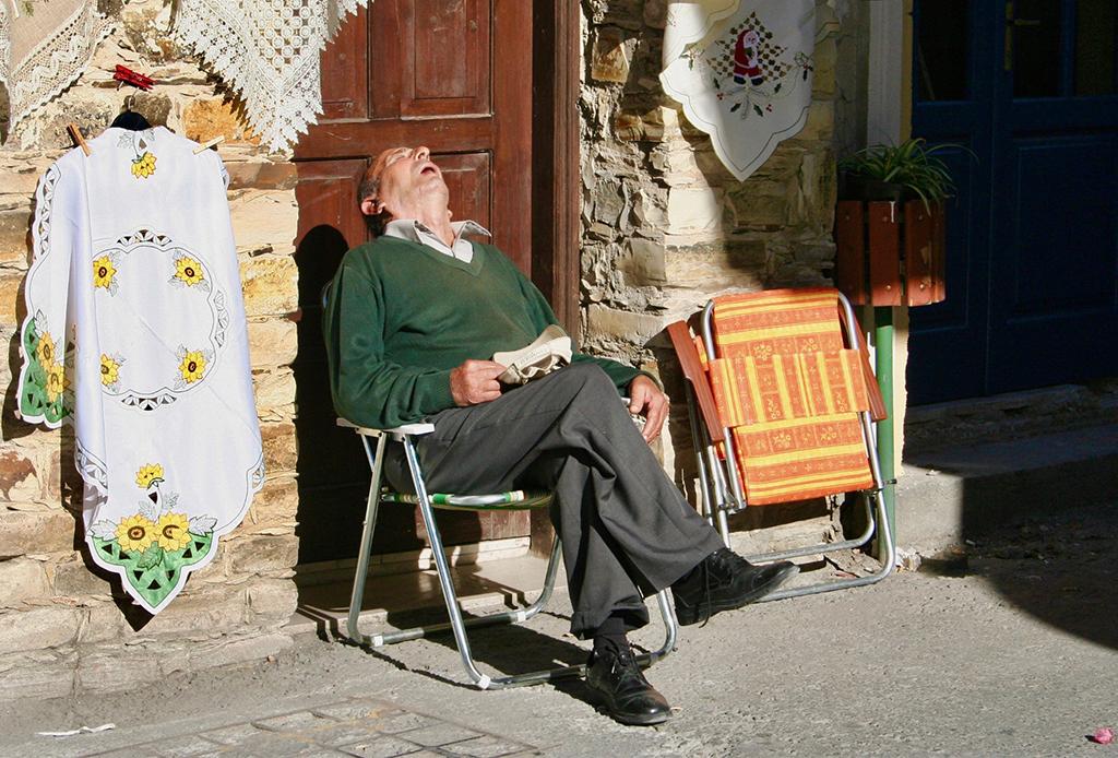 Aprende a tomar siestas sin sentirte más cansado después