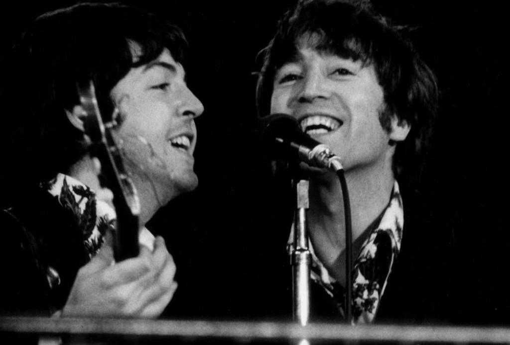 ¿Sabías que estas bandas/músicos, cantaron en español?