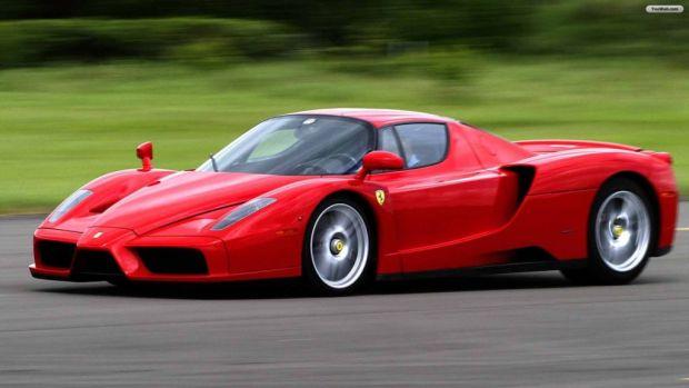 Estos son los mejores Ferraris de la historia - enzo
