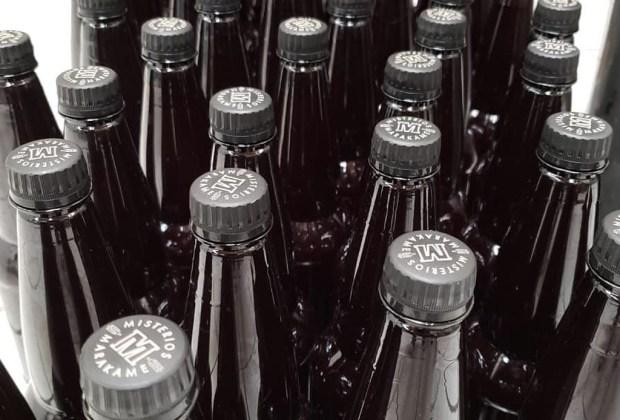 Descubre por qué la cerveza embotellada en PET puede ser más sustentable que una en botella de vidrio - misterios-marakame-cerveza-en-pet