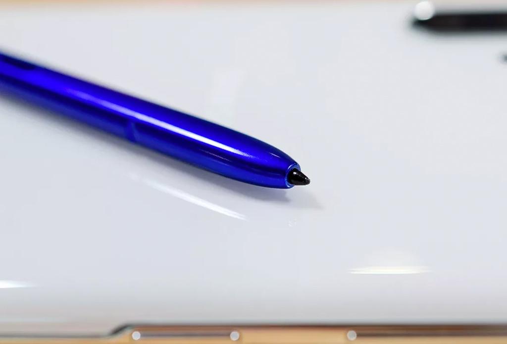 Las 5 cosas que nos encantaron del Samsung Galaxy Note 10 - samsung-note-10-4-1024x694