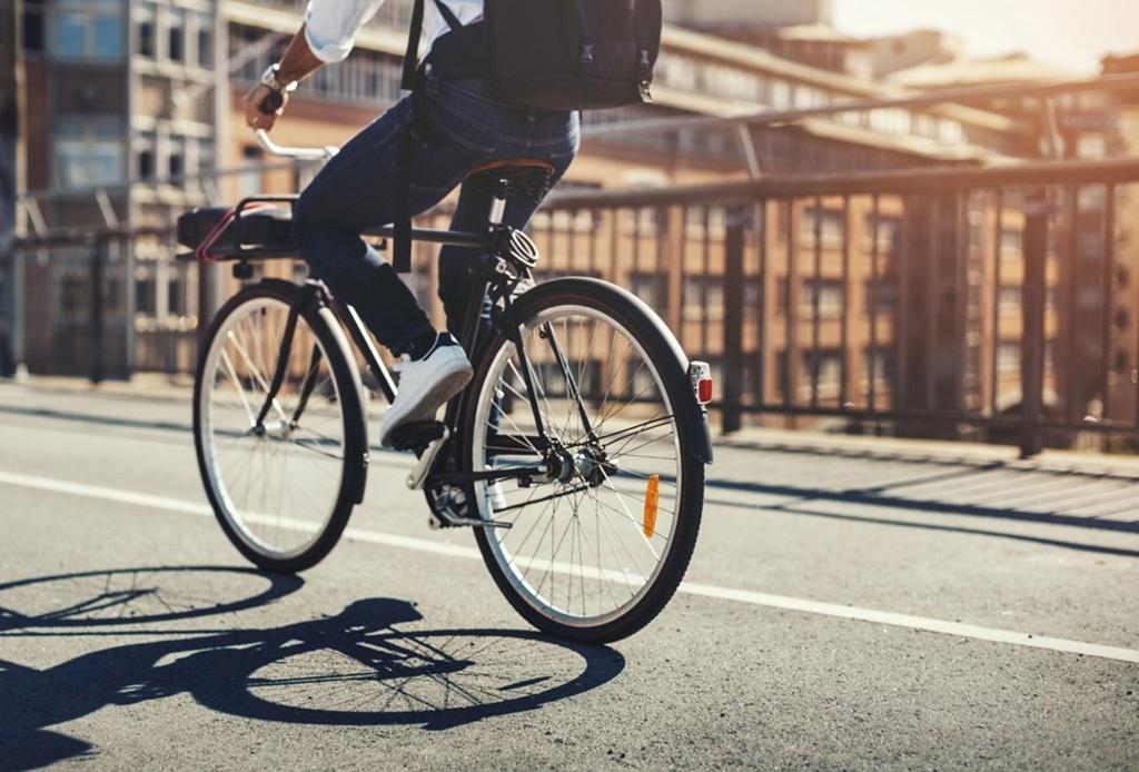 Tips de seguridad que debes tomar en cuenta si manejas una bici
