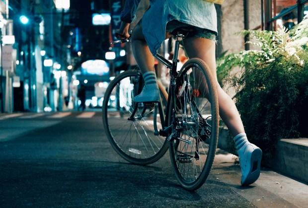Tips de seguridad que debes tomar en cuenta si manejas una bici - consejos-seguridad-bicicleta-ciudad