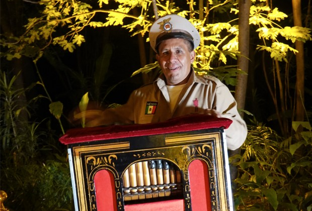 Folklor, tradición y orgullo mexicano, descubre la campaña «Señor Don Tequila» - don-ramon-2