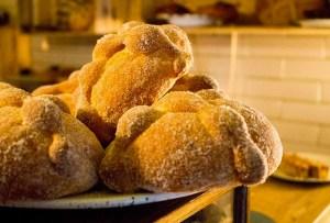 En estas panaderías de la CDMX ya puedes encontrar pan de muerto