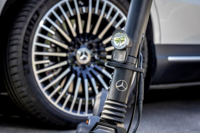 Mercedes-Benz se une a la moda de los scooters eléctricos - scooter-mercedes-benz