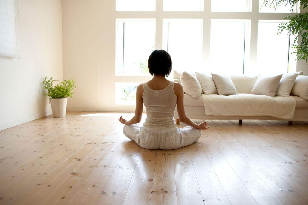 No le temas al coronavirus, aquí algunos tips para lidiar con tu ansiedad - meditacion-1024x683