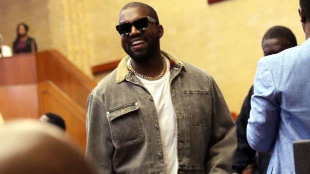 Kanye West estrena música de la mano de James Turrell - sunday-service