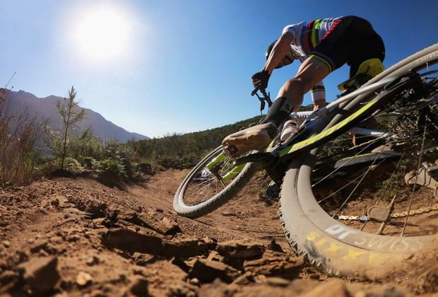Deportes extremos que deberías probar alguna vez en tu vida - deportes-extremos-2-1024x694
