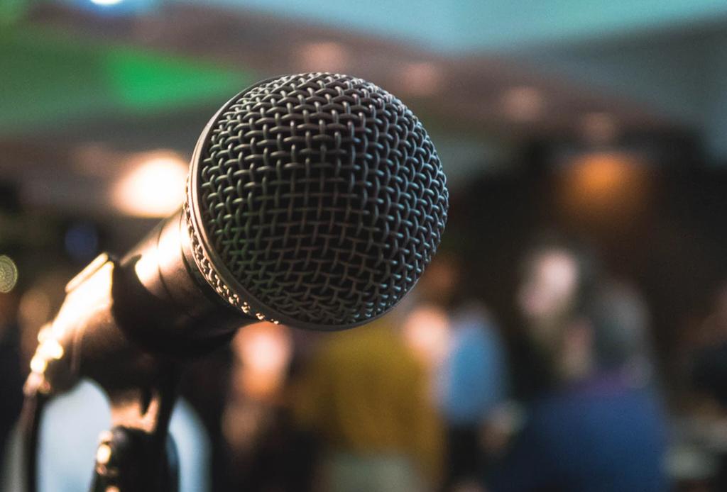 ¿Ganas de cantar? Estos lugares son perfectos para una noche de karaoke
